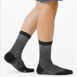Lululemon T.H.E. Crew Sock  *Reflective - black